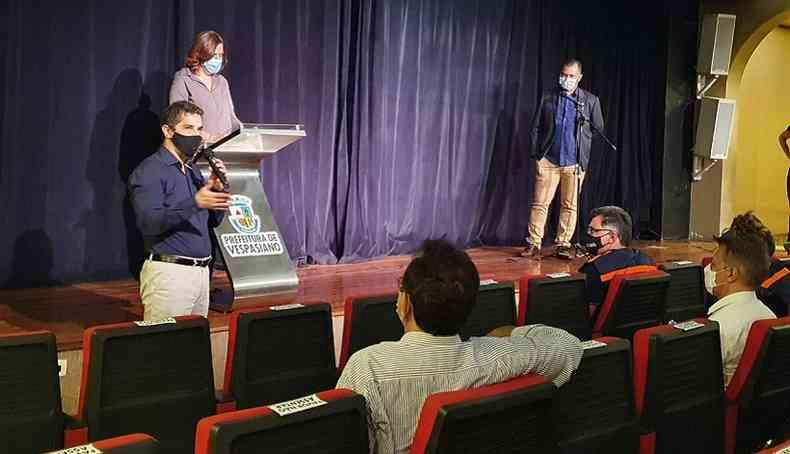 Reunião da Granbel foi realizada em Vespasiano e contou com membros do governo de Minas(foto: Matheus Muratori/EM/D.A Press)