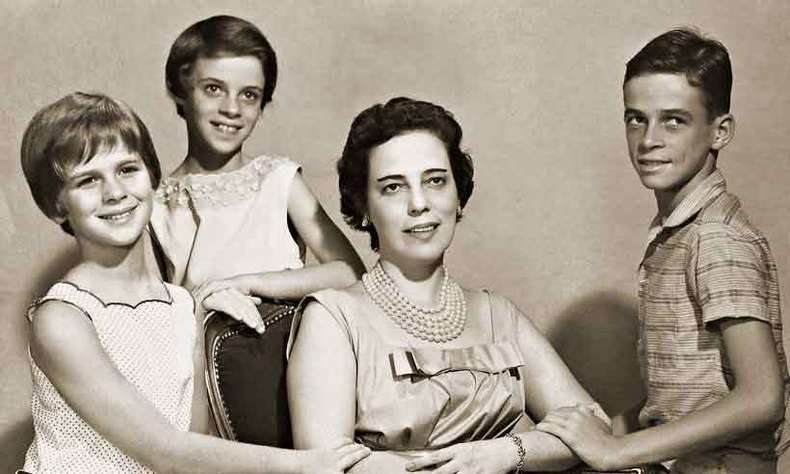 Com os filhos Hidelgard, Ana Cristina e Stuart