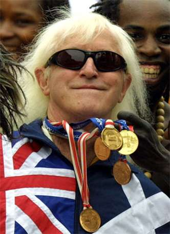 Jimmy Savile era apresentador infantil na BBC (foto: AFP PHOTO/ ADRIAN DENNIS/FILES )