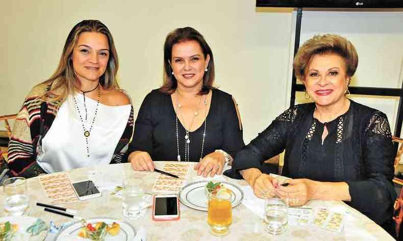 Gabriela Azeredo, Heloisa Azeredo e Sarah Vaintraub, a aniversariante de hoje(foto: Marcos Vieira/em/d.a press)