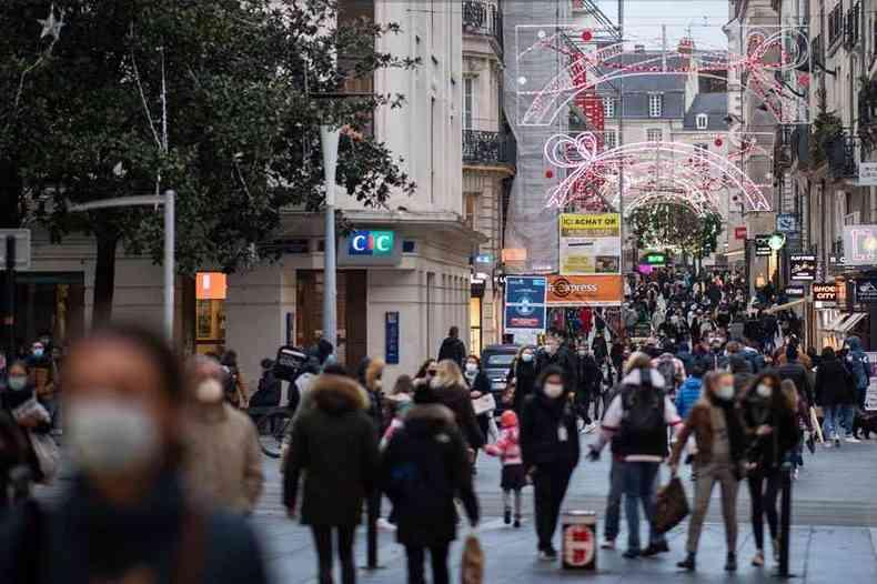 Primeiro caso identificado na França da mutação britânica foi diagnosticado em um francês que vive em cidade do Reino Unido(foto: LOIC VENANCE/AFP)