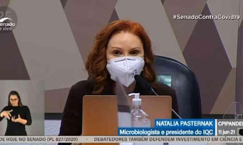 Natalia Pasternak durante depoimento no Senado Federal nesta sexta (11/6)(foto: Reprodução/TV Senado)