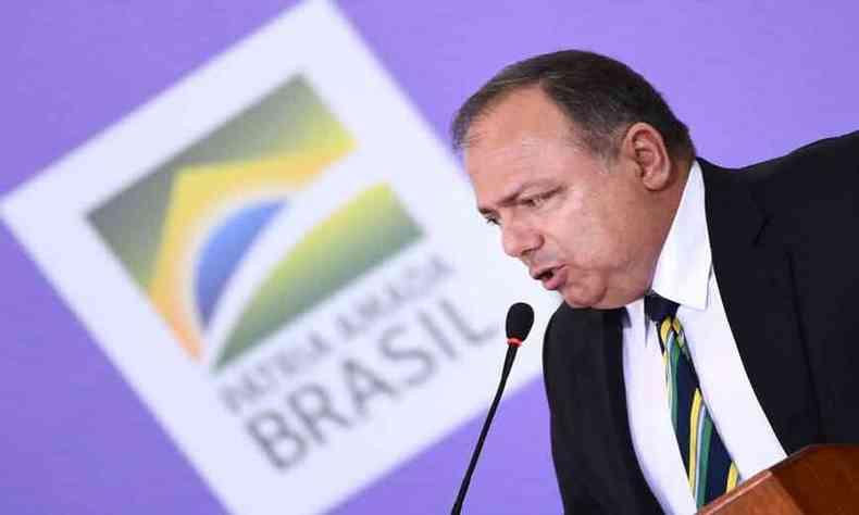 O general que substituiu Nelson Teich no ministério pode ser agora trocado no pior momento da pandemia no Brasil(foto: Evaristo Sá/AFP - 16/12/20)