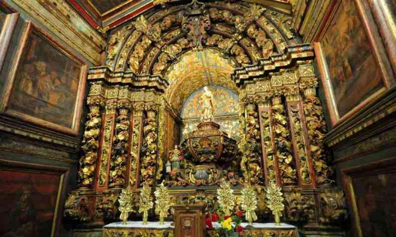 Altar da Igrejinha do Ó, construída no início do século 18 e restaurada pela última vez em 2001(foto: Gladyston Rodrigues/EM/D.A Press)