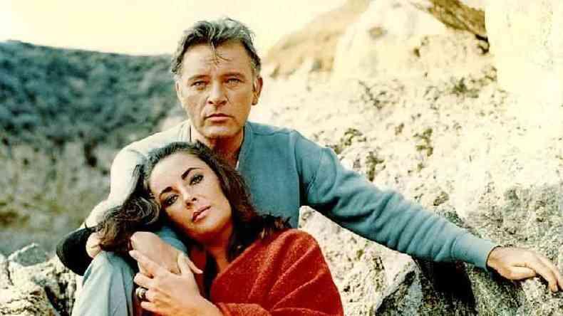 O 'amour fou' e o estilo de vida luxuoso de Elizabeth Taylor e Richard Burton eram uma espécie de afrodisíaco para o público(foto: Alamy)