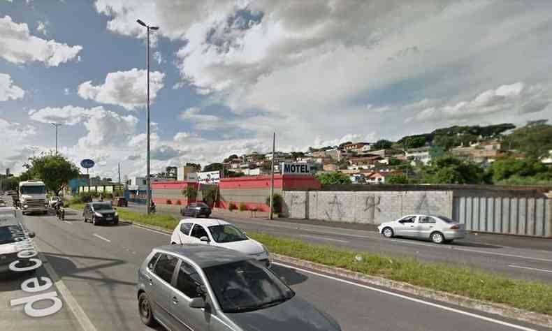 Crime ocorreu em Motel localizado na Via Expressa, em Contagem, na Grande BH(foto: Google Street View/Reprodução)